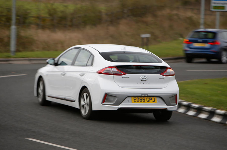 Hyundai Ioniq Group Test
