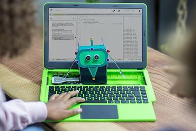 مدل جدید لپ تاپ پای تاپ امکان مشاهدهی قطعات داخلی را به کاربر میدهد