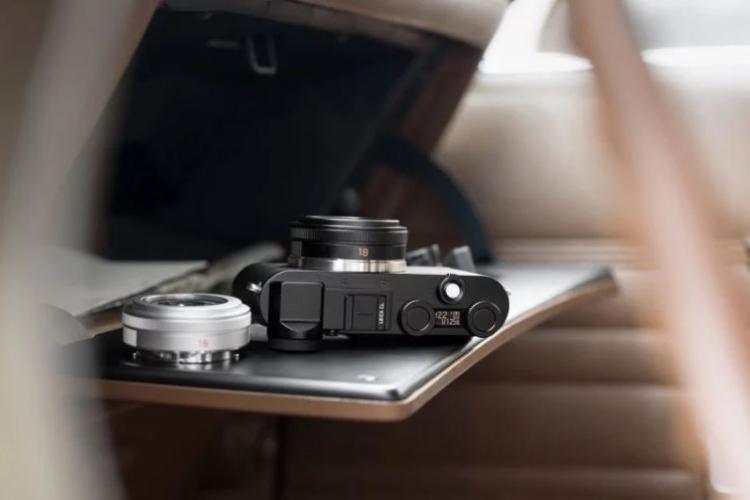 لایکا CL معرفی شد؛ دوربین کراپ بدون آینه با طراحی کلاسیک