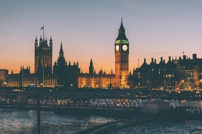 چرا باید به انگلیس سفر کرد؟