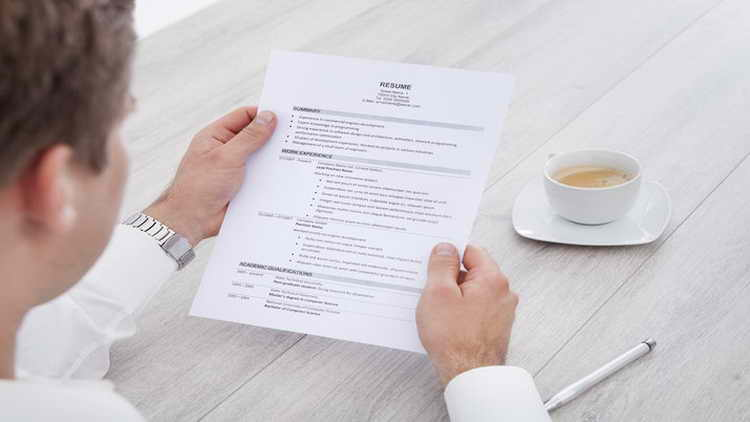 The Only Circumstances When You Should Leave A Job Out Of Your Resume