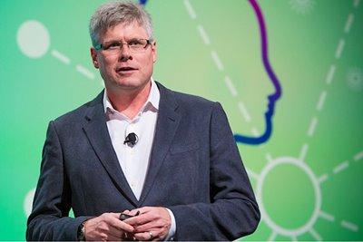 کوالکام: در دههی آینده بیشترین نوآوری در حوزه خودرو خواهد بود