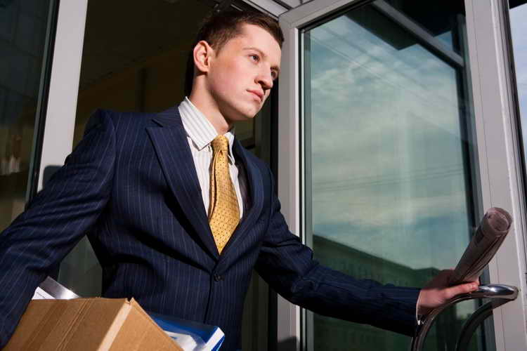 در چه شرایطی باید به ترک شغلتان فکر کنید