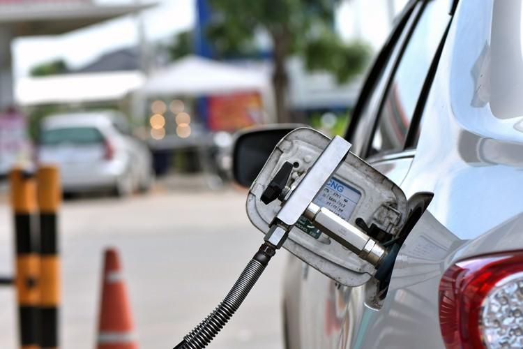 خودروی دوگانهسوز CNG گاز طبیعی