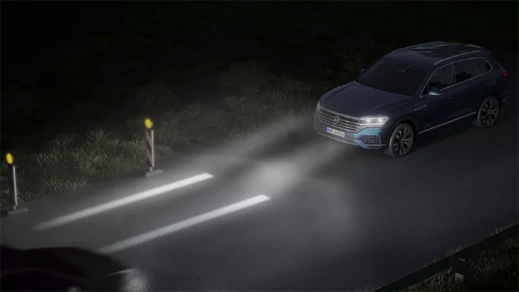 Volkswagen matrix LED headlight / چراغ ماتریسی LED فولکس‌واگن
