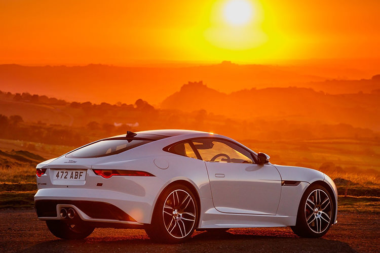 Jaguar F-Type Chequered Flag Edition