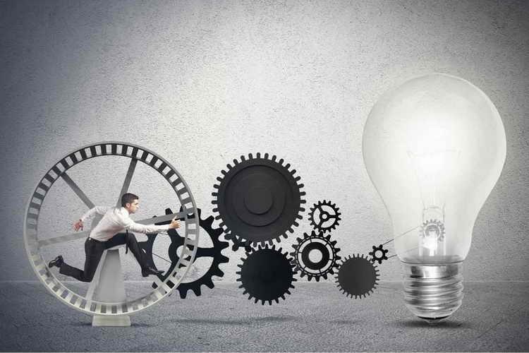آیا استارتاپها باید مدیرعامل حرفهای استخدام کنند؟