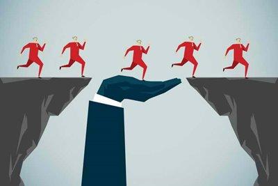 چرا هر کارآفرین باید یک رهبر خدمتگزار باشد