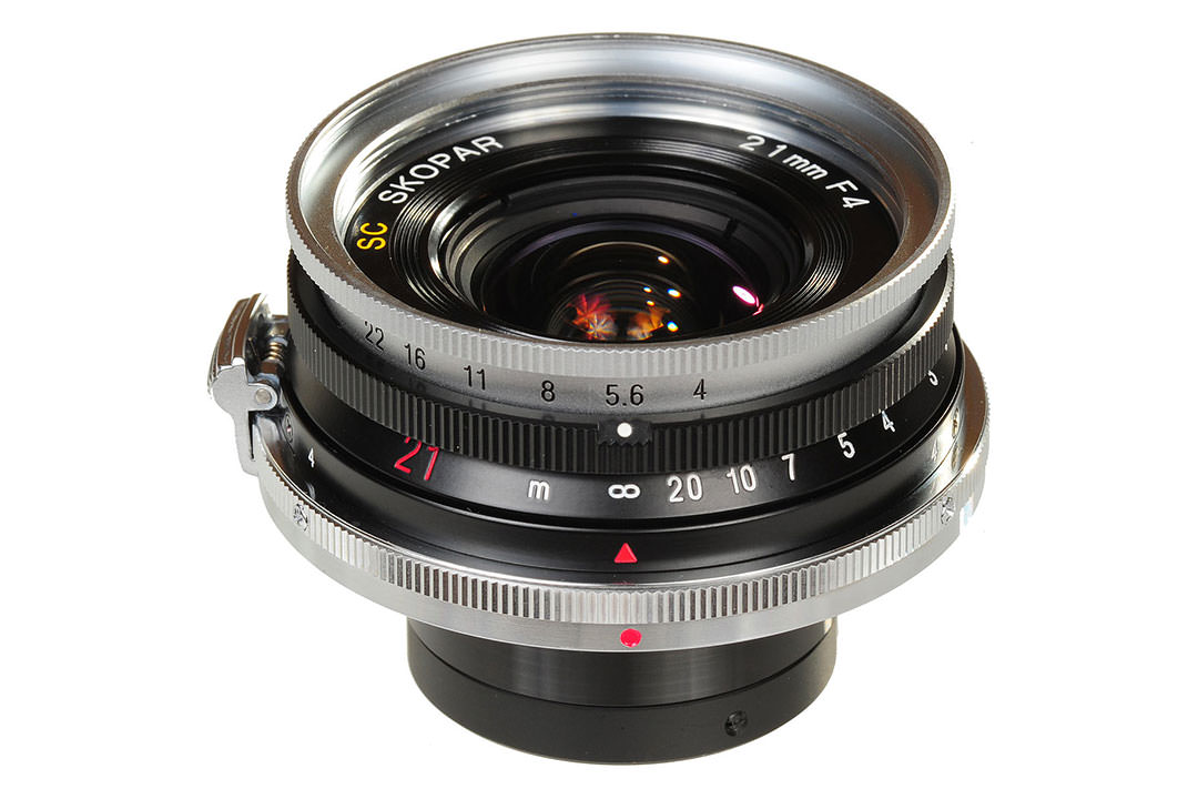 فوخلندر 21mm F4 Color Skopar Pancake II