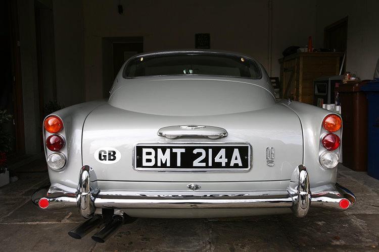 James Bond 007 Aston Martin DB5 / خودروی کلاسیک استون مارتین DB5 جیمز باند 007