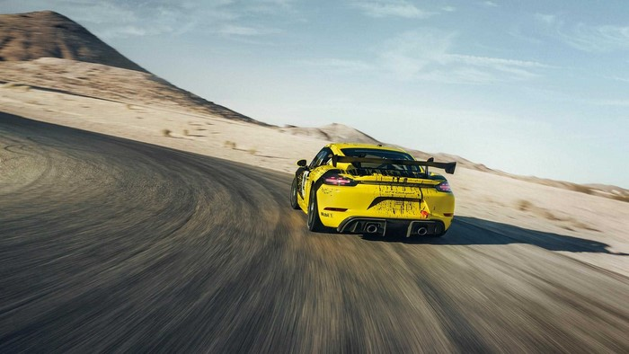 New Porsche 718 Cayman GT4 Clubsport