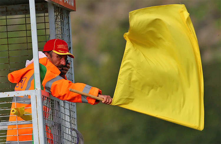motogp yellow flag crash