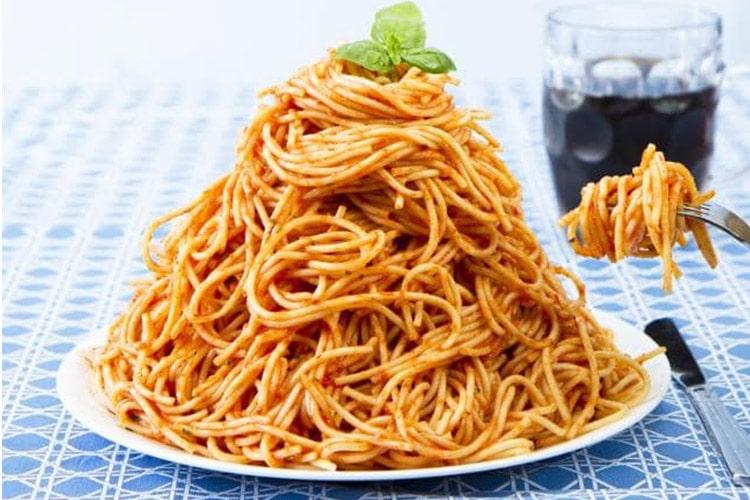 خوردن پاستا یا برنج مانده میتواند موجب مرگ شود