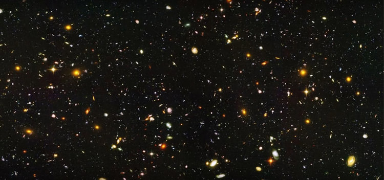 زمینه‌ی ژرف هابل / Hubble Deep Field