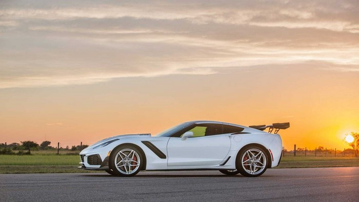 2019 Chevy Corvette ZR1 HPE1200 by Hennessey