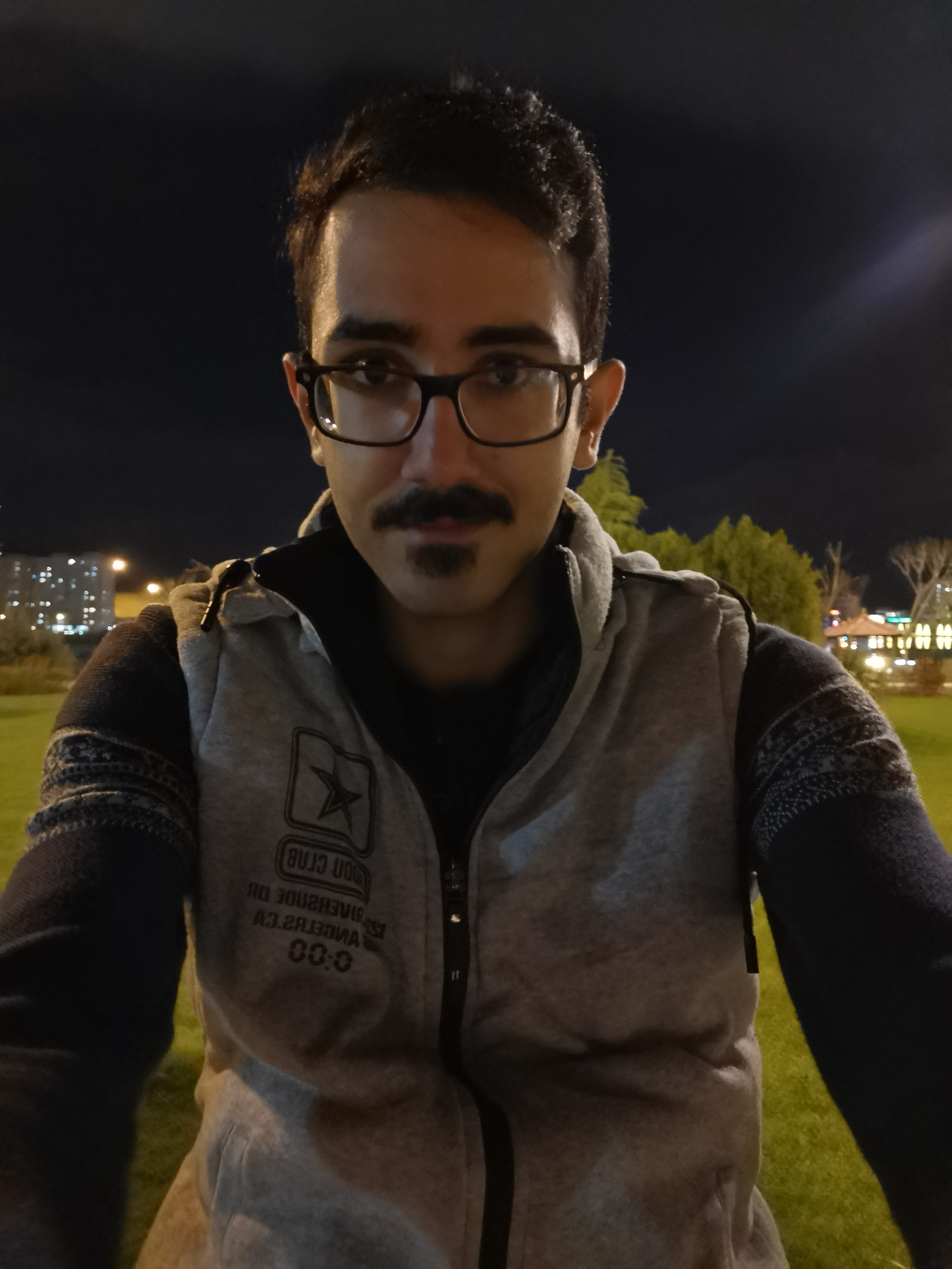 Huawei P30 Pro - Lowlight Selfie - Without Flash