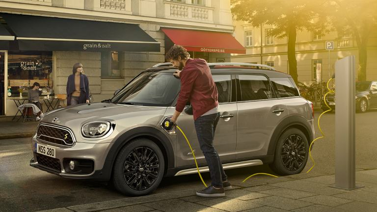 Countryman Plug-In Hybrid