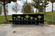 نمونه عکس دوربین واید آیفون ۱۲ پرو اپل در طول روز - نیمکتی در پارک آب و آتش تهران
