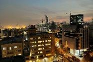 نمونه عکس دوربین واید آیفون ۱۲ پرو اپل در تاریکی - ساختمان های خیابان جردن تهران