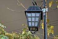 نمونهعکس ۲٫۵ برابری آیفون ۱۲ پرو مکس با دوربین اصلی در تاریکی - چراغی در خیابان جردن تهران