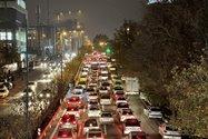 نمونهعکس ۲٫۵ برابری آیفون ۱۲ پرو مکس با دوربین تلهفوتو در تاریکی - ترافیک بزرگراه حقانی