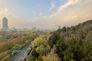نمونهعکس دوربین اولتراواید آیفون ۱۲ پرو مکس - نمای عریض از بزرگراه مدرس روی پل طبیعت تهران