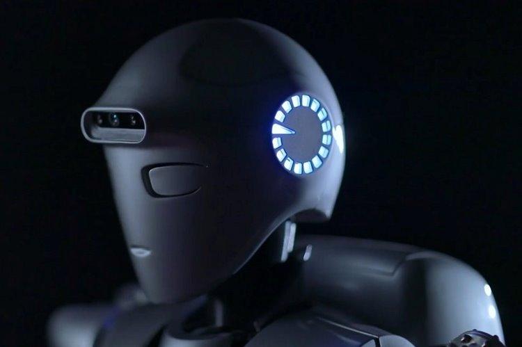 با سورنا ۴، پیشرفتهترین ربات انساننمای ایرانی، آشنا شوید