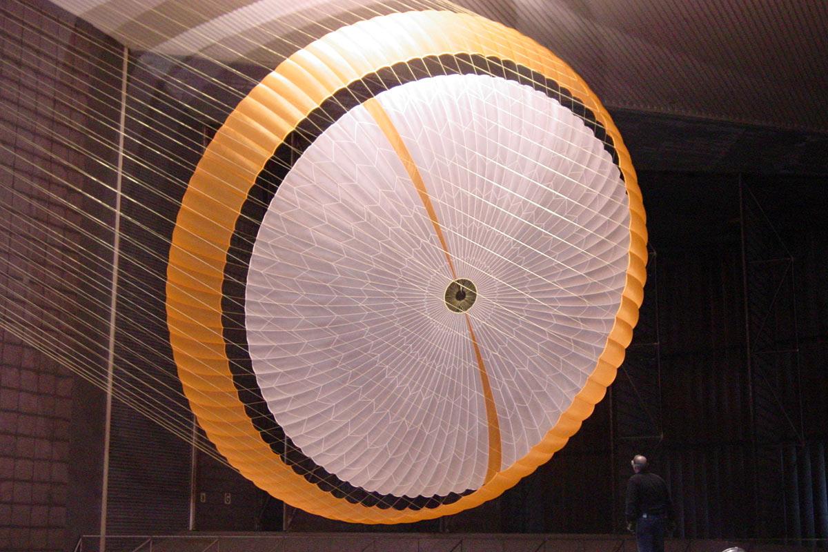 چتر دیسک-فاصله-نوار / Disk-Gap-Band Parachute
