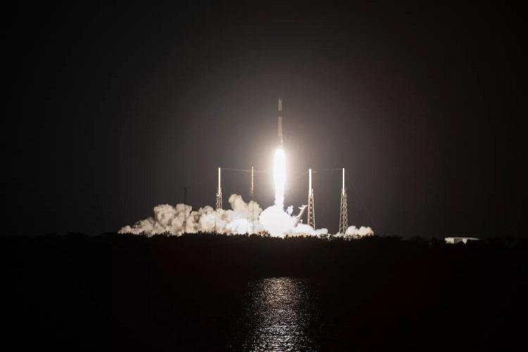 اسپیس ایکس پنجاهمین فرود راکت فالکون را با پرتاب آخرین کپسول دراگون رقم زد