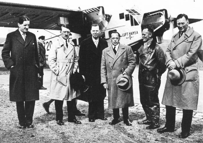 تصویری از هنری فورد و آدولف هیتلر