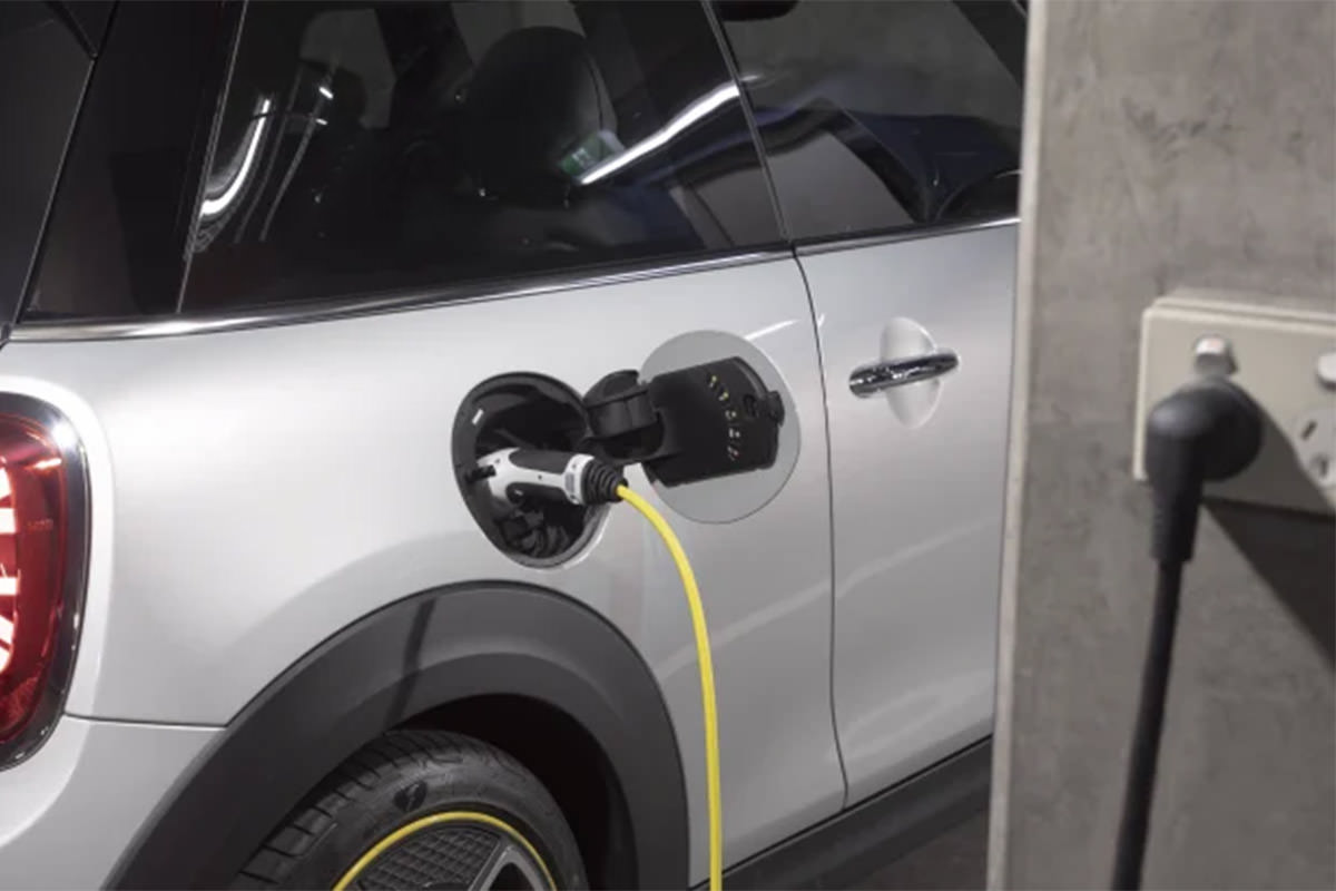 electric car charger با کابل
