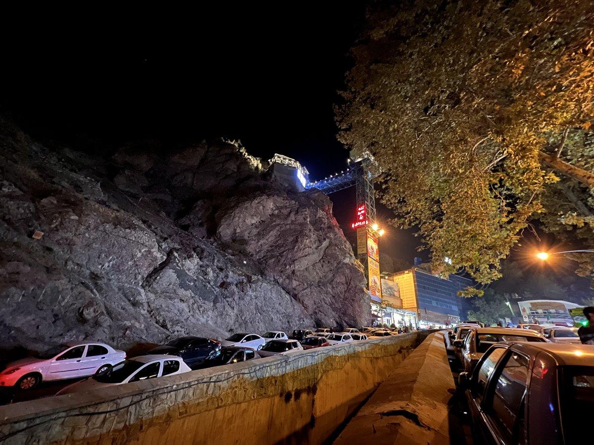 عکس مقایسهای دوربین اولتراواید آیفون ۱۳ پرو مکس در تاریکی