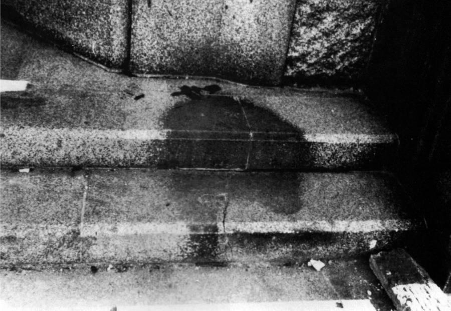 سایه مردی در هیروشیما اندکی پس از اصابت بمب اتمی