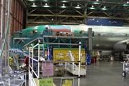 بوئینگ ۷۷۷ هواپیمایی امارات در حال تکمیل