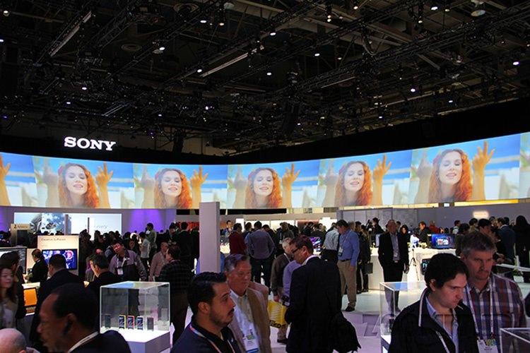 سونی در سه ماهه قبل ۸.۸ میلیون دستگاه از خانواده اکسپریا به فروش رسانده است