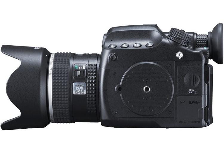 دوربین 51 مگاپیکسلی 645Z پنتاکس با قیمت ۸٫۵۰۰ دلار رونمایی شد
