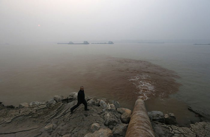 معضل آلودگی محیط زیست و نقش بشر در ایجاد آن
