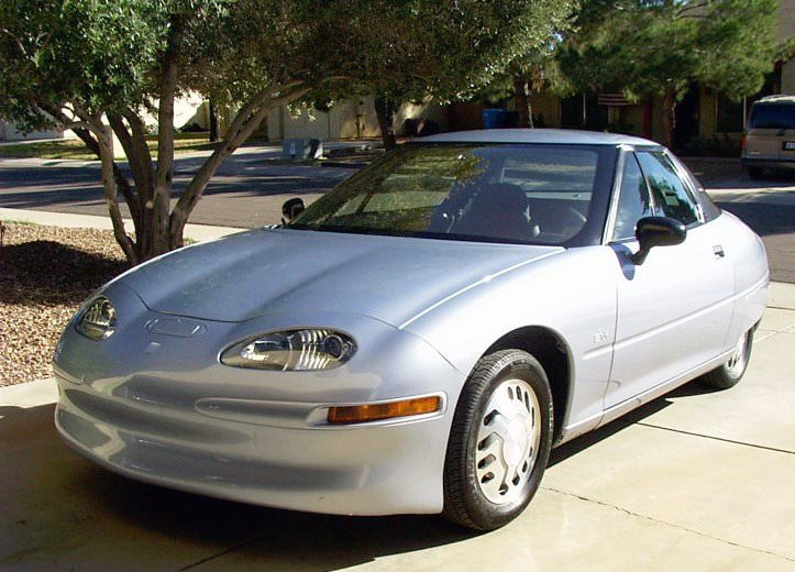 one of the most popular electric cars during this period became general motors ev 1 d025e