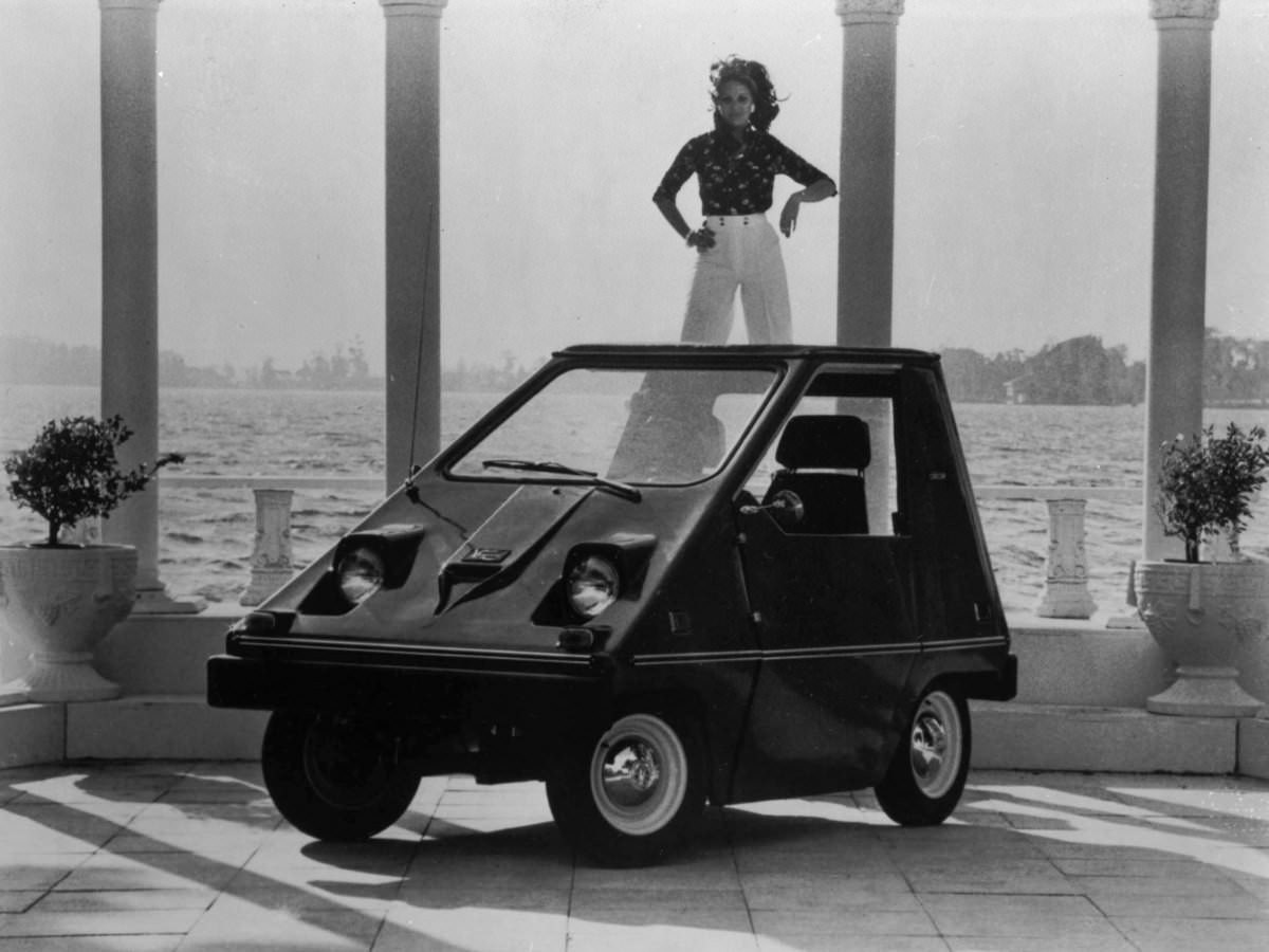two companies became leaders in electric car production during the 1970s the first was sebring vanguard which produced over 2000 citicars faa02