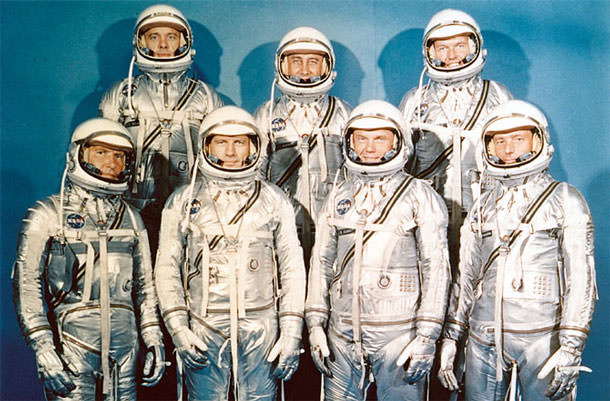 nasa-spacesuits-history-02-670x440-130503