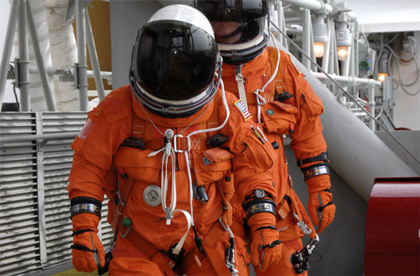 nasa-spacesuits-history-04-670x440-130503
