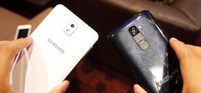 Samsung-Galaxy-Note-3-vs-LG-G2-rear-2-645x299