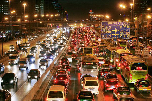 China-traffic-jam.-Picture-by-National-Geographic