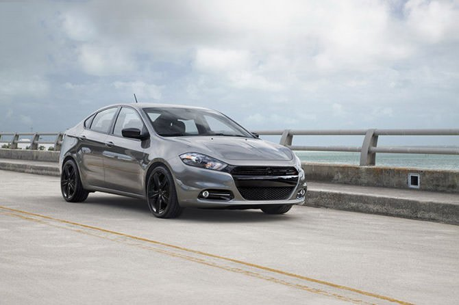 dodge-dart-sxt-black-3 800x0w