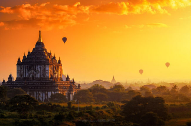 Top-10-Hot-Air-Ballooning-bagan-Photo-by-Anuparb-Papapan-740x489