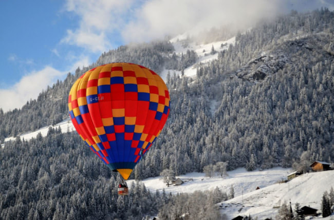 Top-10-Hot-Air-Ballooning-swiss-Photo-by-Sayantan-Chowdhury-740x489