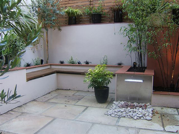 for Very small courtyard gardens