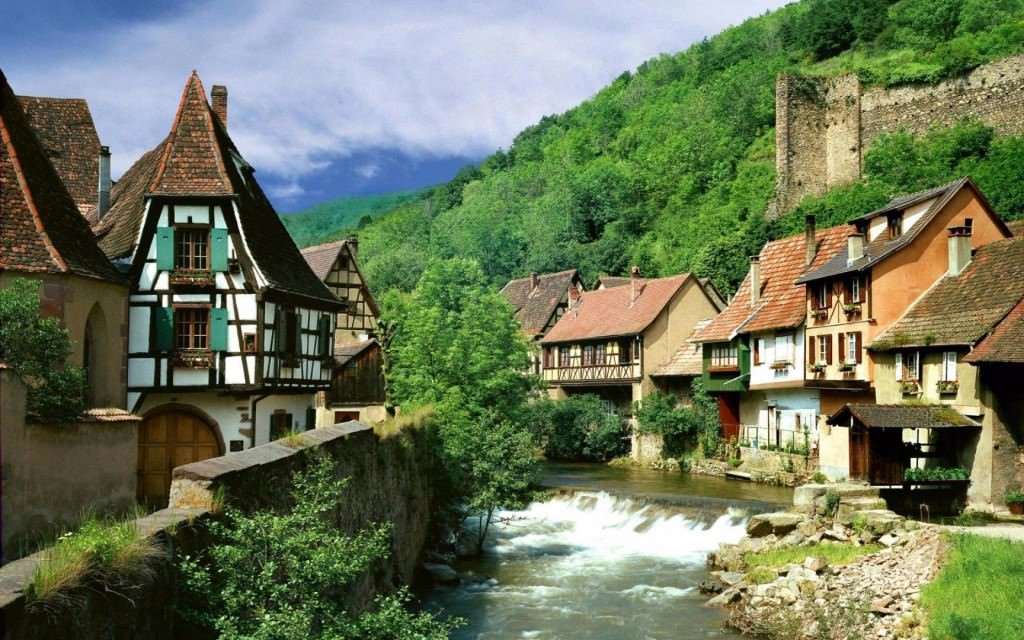 11-picturesque-villages-from-around-the-globe-1