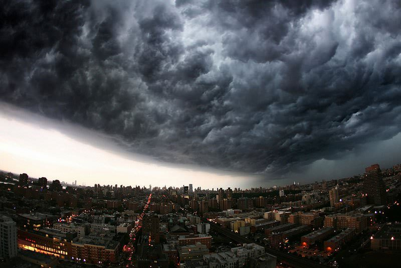 20-incredibly-shocking-cloud-formations-across-the-world-10