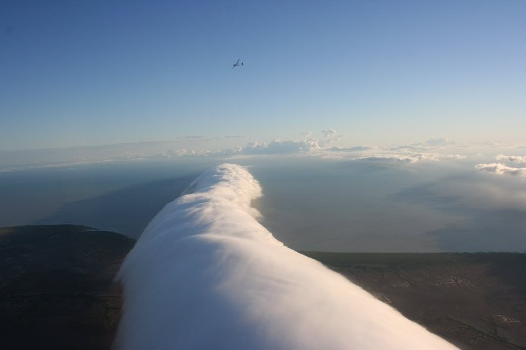 20-incredibly-shocking-cloud-formations-across-the-world-13